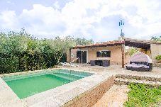 Villa con piscina en Arta