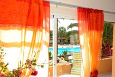 Apartamento para 4 personas con vistas a la piscina