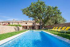 Villa en Costitx para 8 personas con 4 habitaciones