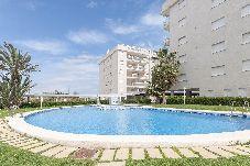 Apartamento con piscina en Daimuz