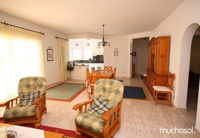 Villa con amplio jardín en Els Poblets - Ref. 76618-11