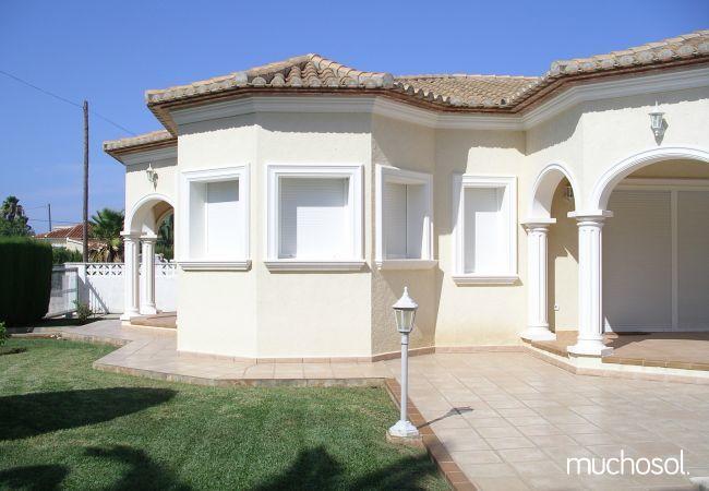 Villa con amplio jardín en Els Poblets - Ref. 76618-2