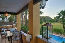 Apartamento en primera línea de campo de golf de Isla Canela