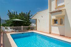 Villa en Jalón / Xaló para 6 personas con 3 habitaciones