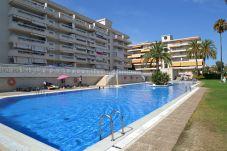 Apartamento en La Pineda a 200 m de la playa
