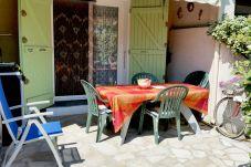 Casa con parking en la zona de Boucanet - Pinède
