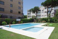 Apartamento con piscina en Lloret de Mar