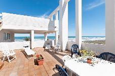 Apartamento en primera línea de playa de Oliva