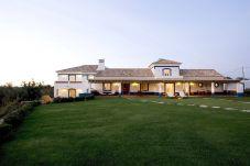 Villa en Paderne para 6 personas con 4 habitaciones