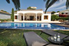 Villa con piscina en Portocristo - Cala Mandia