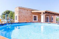 Finca con piscina en Santa Eugenia