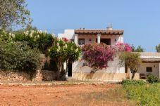 Villa en Sant Joan de Labritja / San Juan para 8 personas con 4 habitaciones