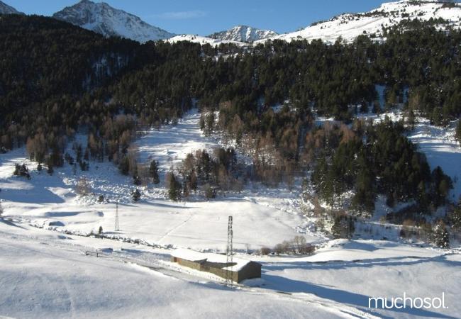 Complejo de estudios en Soldeu con bonitas vistas a la montaña - Ref. 114356-18