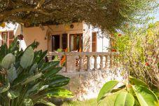 Casa en Son Serra de Marina para 6 personas con 3 habitaciones