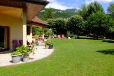 Villa para 11 personas con vistas a la montaña